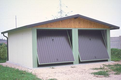 Farcopref vendita box prefabbricati isolati per auto ed in for Box per cani prefabbricati usati